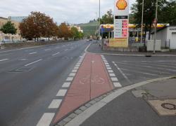 Radweg_Kreuzung_Veithshoechheimer_Strasse_02