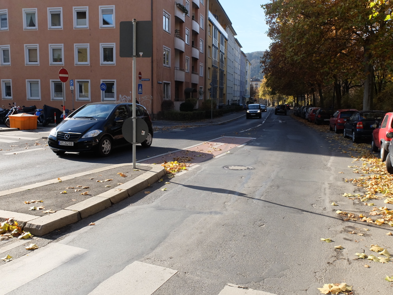 Abbiegesteifen   Radfahrerzone.de