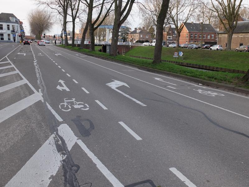 Schutzstreifen und Radstreifen in Den Bosch | Radfahrerzone.de