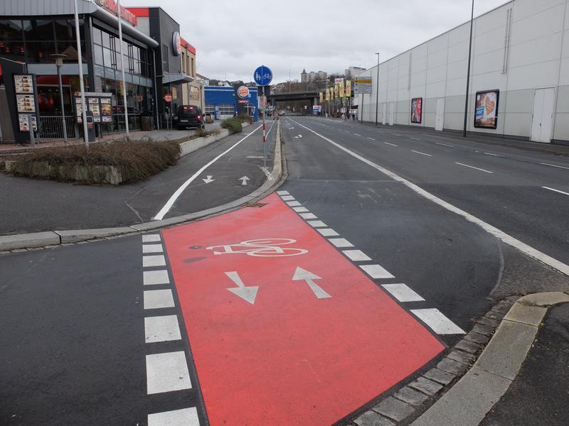 Zweirichtungsradweg Nürnberger Straße | Radfahrerzone.de