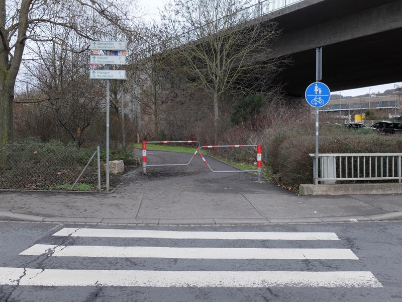 Zebra & Zäune Nürnberger Straße | Radfahrerzone.de