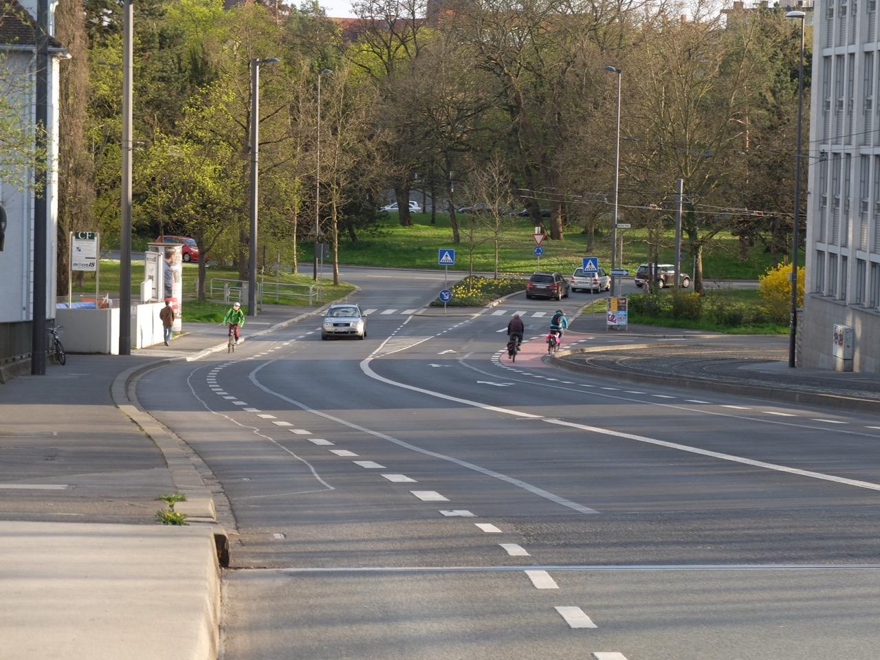 Grombühlbrücke richtung Berliner Ring | Radfahrerzone.de